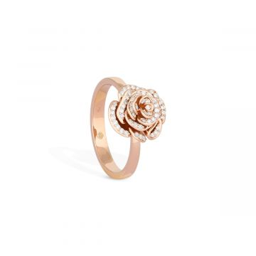 Diamond ring in pink gold